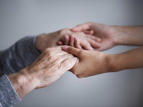 Tendere la mano all'altro
